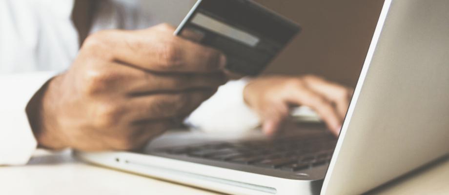 Co musíte spotřebiteli sdělit, než u vás nakoupí